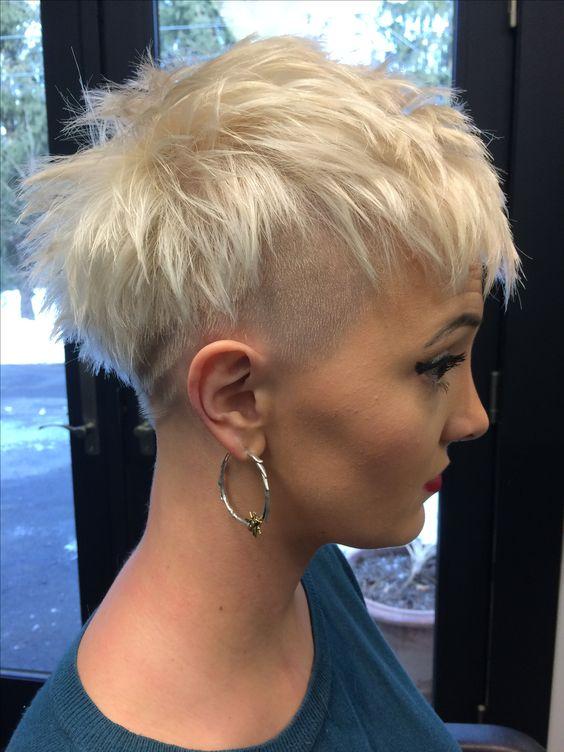 Pixie cortes de cabelo para cabelos finos